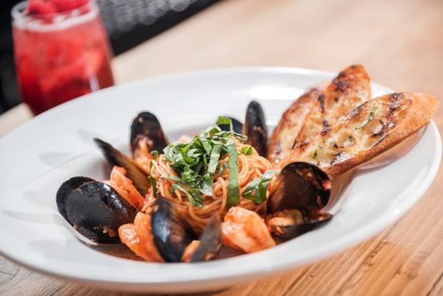 pbah seafood poto